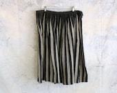 "plus size vintage skirt . black and gray striped skirt . 38"" waist . full pleated skirt . 1950s style skirt, volup 2x"