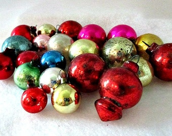 Christmas Vintage Ornaments - 23 Assorted Tiny to Small Glass Ornaments