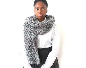 Grey scarf, Chunky knit scarf, knitted Scarf, Oversized Scarf, Grey mix scarf,  Hand Knitted Scarf, Winter scarf, Unisex scarf, Urbanknit