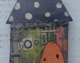 halloween...brooch pin....haunted house...bOo