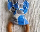 Mod blue pod teething ring