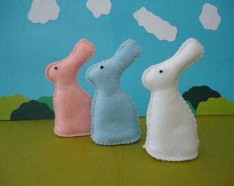Little felt rabbit, set of 3 tiny felt bunnies, easter felt rabbit, soft felt bunnies, little felt bunny, easter basket, pink white blue
