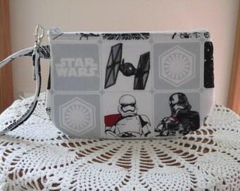 Star Wars Clutch Wristlet Zipper Gadget Pouch Purse  Made in USA Darth Vader