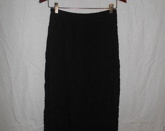 SALE 90's crinkled  black skirt