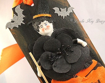 Halloween Witch Art Doll Tag Ornament Picture China Doll Head Mixed Media Collage Wall Hanging Picture Assemblage