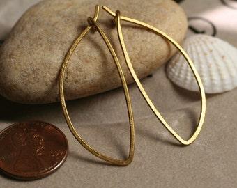 Handmade solid brass leaf hoop 40x16mm, one pair (item ID LEB40G18)