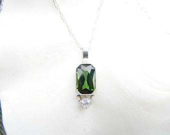 Art Deco Green Tourmaline Diamond Platinum Pendant Necklace, Fiery European Transitional Cut Diamond with Fancy Cut Tourmaline, So Elegant