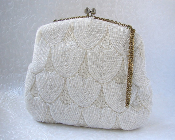 White Beaded Art Deco Style Purse Vintage Clutch Formal Evening Bag Frosted Glass Handbag Chain Strap Gold Wedding Bridal Scallop Design