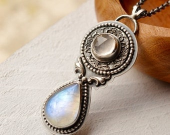 Vintage Style Rainbow Moonstone Necklace Handmade in Sterling Silver, Repousse Metalwork Jewelry, Detailed Boho Jewelry, Textured Metalwork