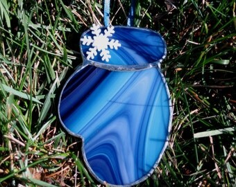 Blue Swirl Mitten Ornament with white glitter snowflake, Tiffany Style Stained Glass Glove,