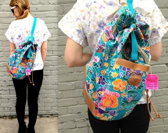1980's BEACH Backpack // Bucket Tote // Tropical Purse // Back Pack Starfish // Drawstring // Blue Pink Orange // Pockets Strap // Travel