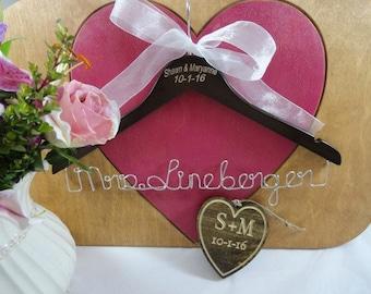 Hanger with Name - Wire Name Hanger - Custom Name Hanger - Personalized Gift - Wedding Shower Gift - Dress Hanger - Bridal Gift - Name