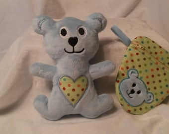 Zippered pacifier bag with Teddy bear