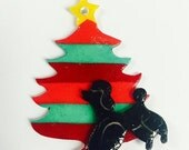 SBS Mid Century / Vintage Inspired Plastic Holiday Christmas Tree Brooch with Black Poodle and Rhinestone
