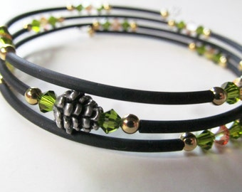 Pinecone Green Crystal and Black Beaded Memory Wire Bracelet