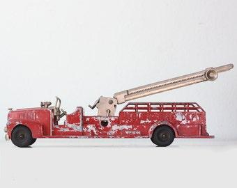 Vintage Fire Truck, Hubley Kiddie Toy, 520