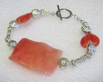 Bracelet Wavy Rose Quartz and Glass Hearts with Silver spacers