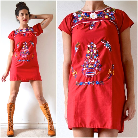 Vintage 70s Red Embroidered Mexican Cotton Mini Dress (size xxs, xs)
