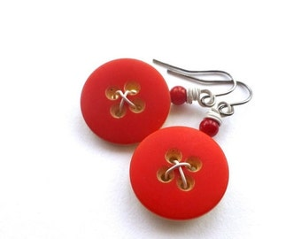 ON SALE Bright Scarlet Red and White Vintage Button Earrings