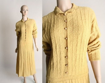 ON SALE Vintage 1940s Boucle Dress - Mustard Yellow Knit Dress with Wooden Buttons - Large