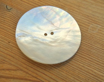 Shell button, natural color, large, 50mm, unique beautiful huge button