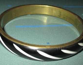 Vintage FAB Black and White Carved Striped Bangle Bracelet