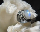 Beautiful Iridescent Moonstone  Ring Size 8