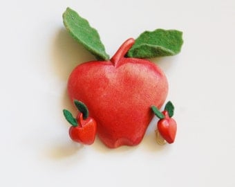 Vintage 1940s Wood Apple Brooch and Earrings Carved Painted Red Green Felt Leaves WWII