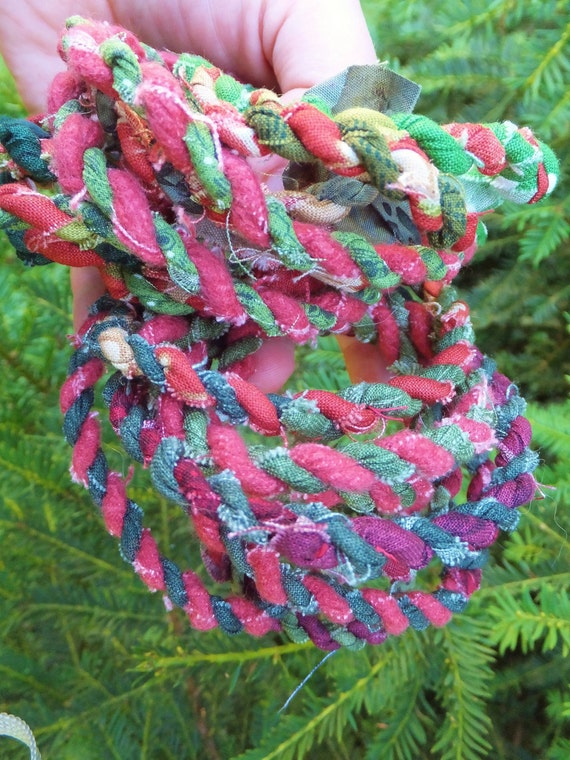 Red green rope garland christmas tree by blendedsplendid