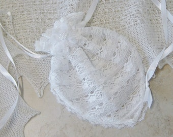 White Lace Gift Bag, Drawstring Lace Bag, Brides Gift Bag, Wedding Gift Bag, Keepsake Lace Bag, White Lace Gift Bag, Victorian,Lace Pouch