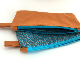 XO Cosmetic Bag // Makeup Bag // Zip Pouch