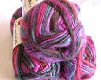 Unforgettable Waves BAZAAR yarn, variegated yarn, Red Heart Boutique, purple red mauve green, worsted weight