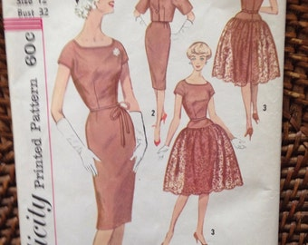 Vintage 50's Simplicity dress with lace overlay pattern