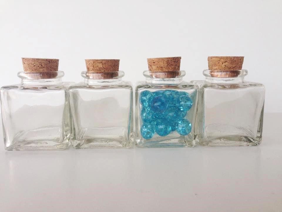 10 clear glass square 2 inch jars 3 oz 90ml mini bottles. Black Bedroom Furniture Sets. Home Design Ideas