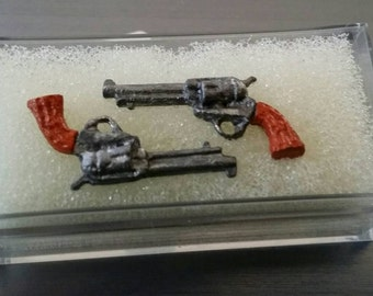 Vintage miniature doll house set of two firearms pistols hand guns