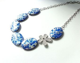 flower royal blue and silver necklace