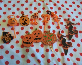 halloween plastic cake toppers and play rings