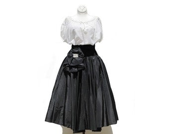 Vintage Top & Skirt / White Crochet Cotton Blouse / Black Velvet Wasted Taffeta Skirt