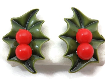 Holly Earrings - Mid Century, Screwbacks, Winter Christmas Holiday Jewelry