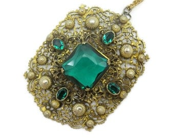 Green Glass Necklace - Lavalier, Czech Glass Jewelry, Gold Tone Filigree Pendant