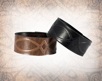 Manor Cuff - Leather Cuff, Leather Wristband, Leather Bracelet, Brown Leather Cuff, Leather Band, Celtic Cuff - Custom to You (1 cuff only)