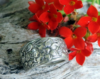 Vintage Silverware Ring - Narcissus Pattern -  Silver Plated - Size 7