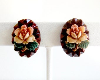 Vintage Floral Earrings on Wood Plaques / Pink Rose / 1950s Screw Back Earrings