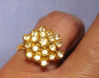 vintage VOGUE faux diamond gold snowflake cocktail ring adjustable size