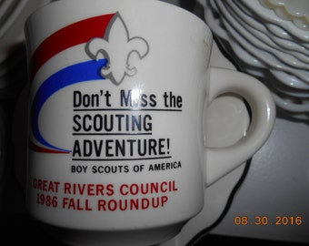 Boy Scouts of America Great Rivers Council 1986 Fall Roundup Don't Miss the Scouting Adventure Porcelain Mug
