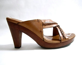 vintage 1990s caramel brown braided leather criss cross MULES sandal heels weave womens 8 COLE haan gypsy woven boho chic festival style