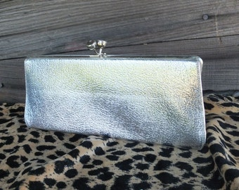 Vintage Silver Metallic Clutch Purse, Evening Bag, Dinner Bag, Prom Bag, Opera Bag, Formal Purse