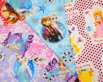 Disney fabric scrap   Disney Princess Anna Elsa Olaf  2016Aa
