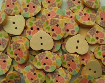 Wooden Buttons Pinks and purples hearts 15mm x 5 wood round button