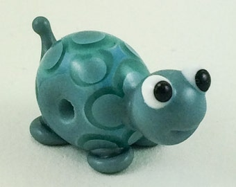 Little Turquoise Turtle Lampworked Glass Figurine Bead